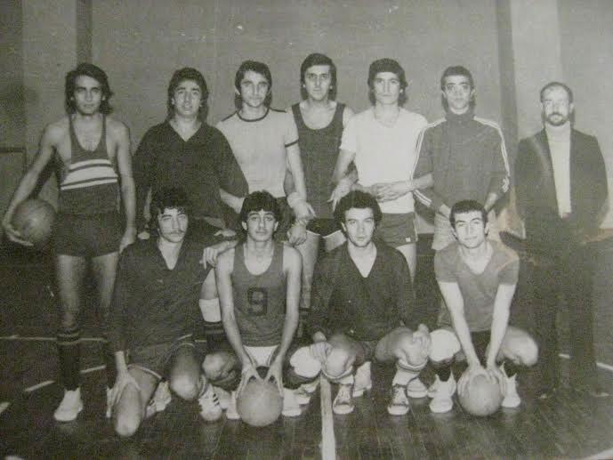 Türkiye Şampiyonu Daçka genç basketbol takımı ile 1977
